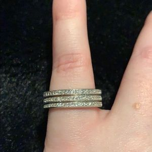 Set of 3 - Silver stackable infinity rings. NWT